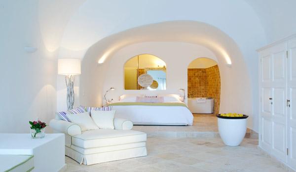 Small Luxury Hotels Santorini San Antonio Hotel Imerovigli Santorini Honeymoon Suites Luxury