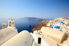 4 Days in Santorini - 5 Star Accommodation, Car, Diving & Tour